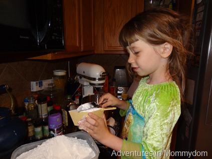 leveling flour