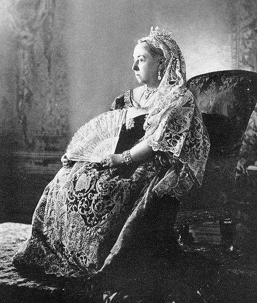 Queen_Victoria_-Diamond_Jubilee_-1_cropped